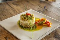 Restaurant Romantique au bord du lac de Neuchatel-min.jpg