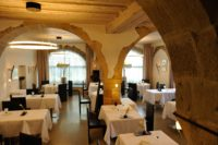 restaurant cossonay-min.jpg