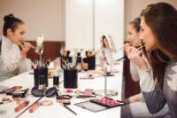 school makeup-min.jpg